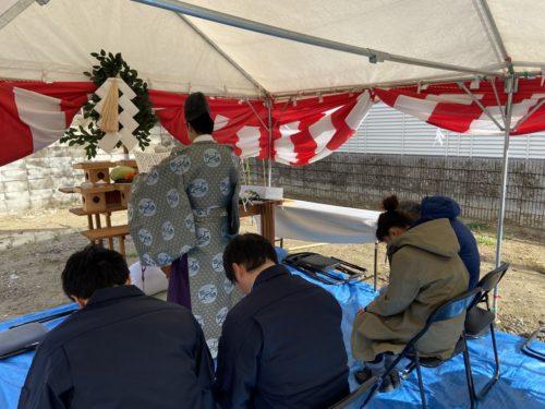 【施工中レポート】工事の無事を祈願して、尼崎市H様邸の地鎮祭を執り行いました!